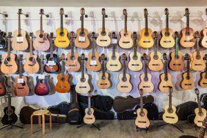 初心者におすすめのギターは?アコースティックギターを始めよう