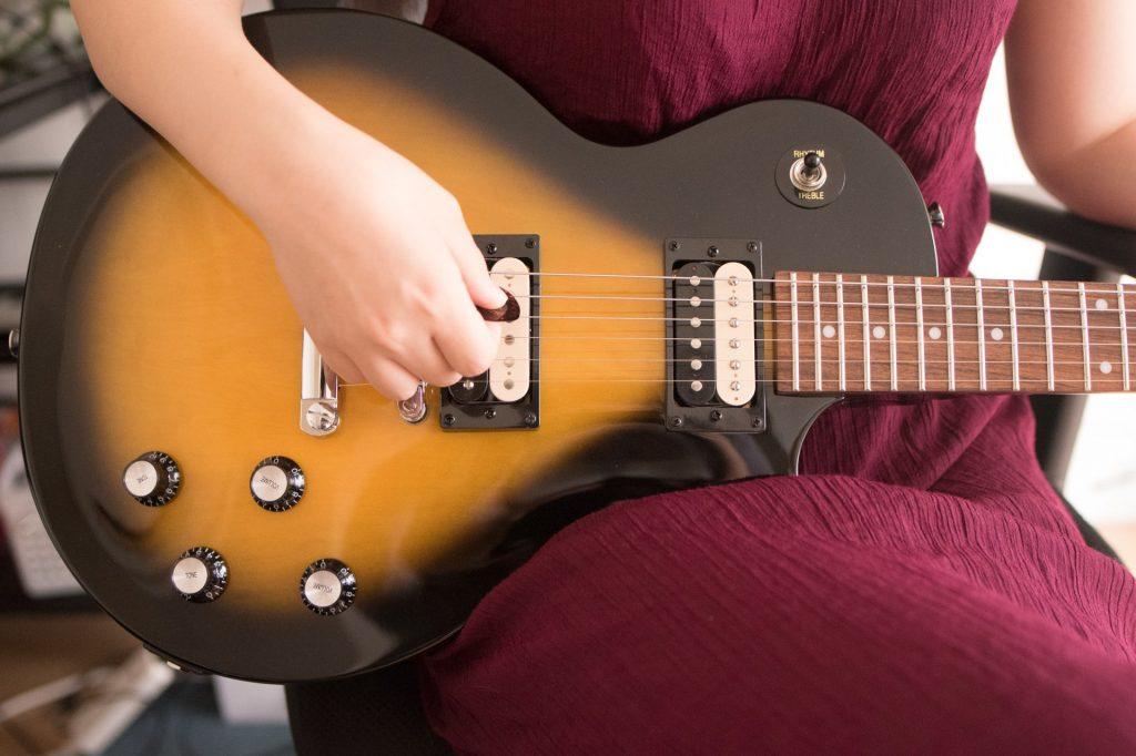 ギターレンタルって本当に便利なの?ギターを1ヶ月間借りてみた