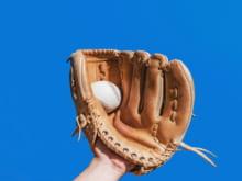 ソフトボールの変化球の種類とその投げ方・練習方法を紹介