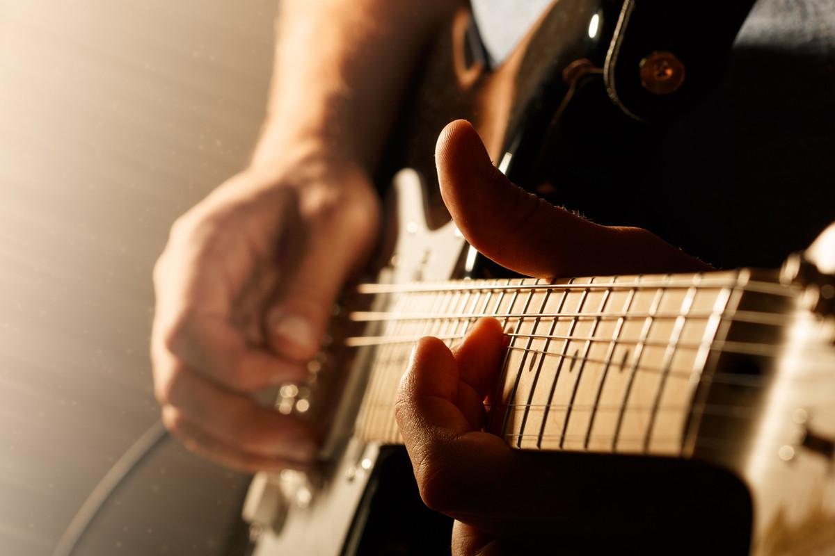 げんき れ た ギター