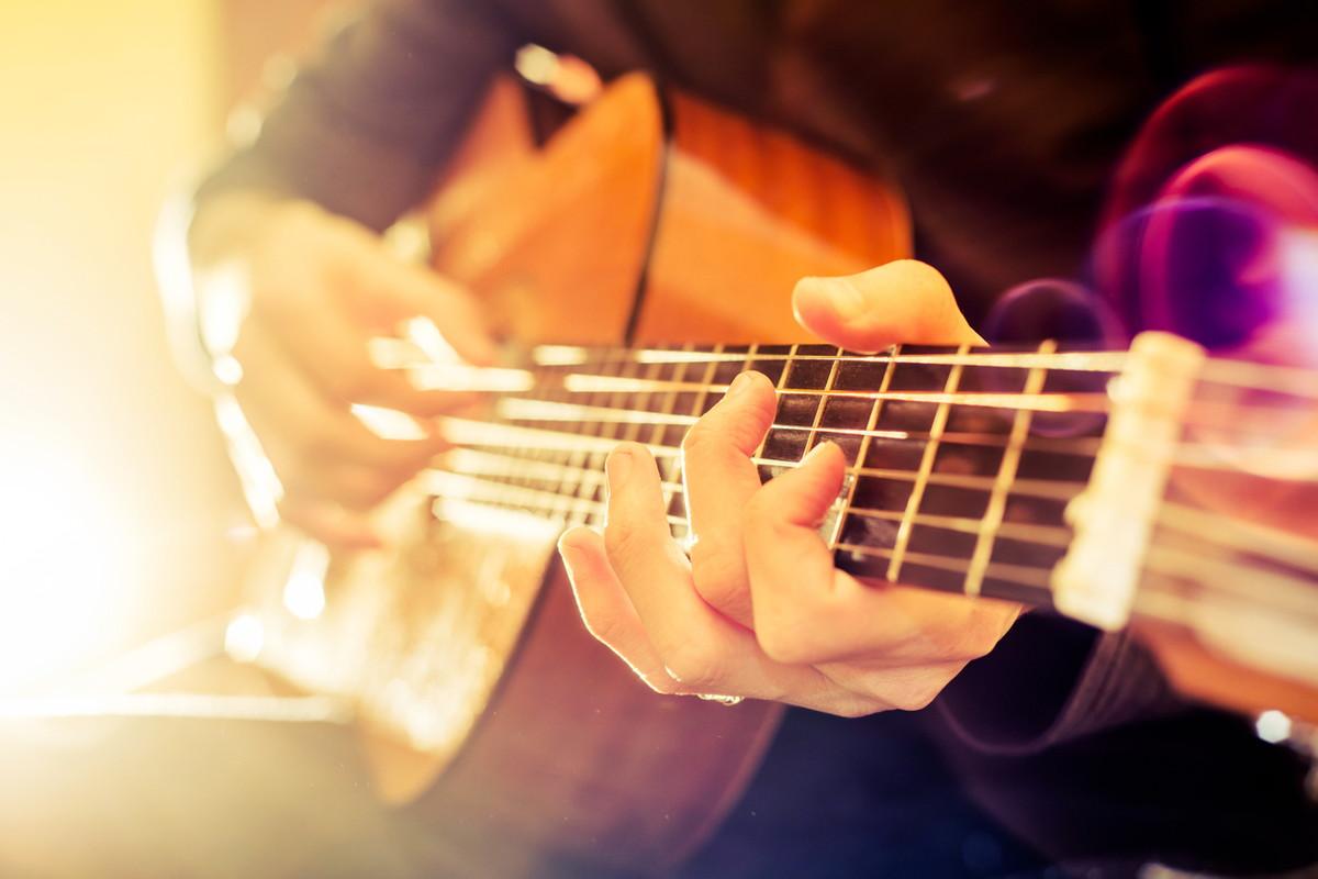 ギターチューニングアプリを解説!アプリの選び方からおすすめのアプリを紹介