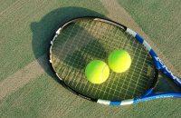 テニスは趣味の王道!社会人から始めても生涯楽しめるテニスの始め方