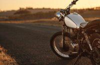 大型バイクに乗るために|免許の取得方法・費用・期間を解説