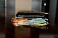 海外旅行におすすめの財布を紹介!使いやすくて安全な財布10選